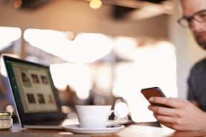 How do Cafes Use Social Media to Stand Out From the Crowd?