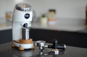 A New Grinder That Aims To Leave No Grind Residue Behind