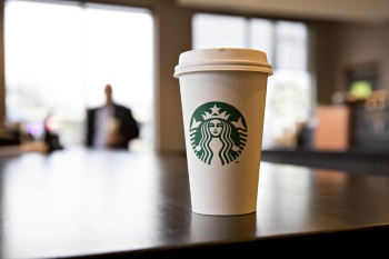 Starbucks Places A Latte Levy On Disponsable Cups